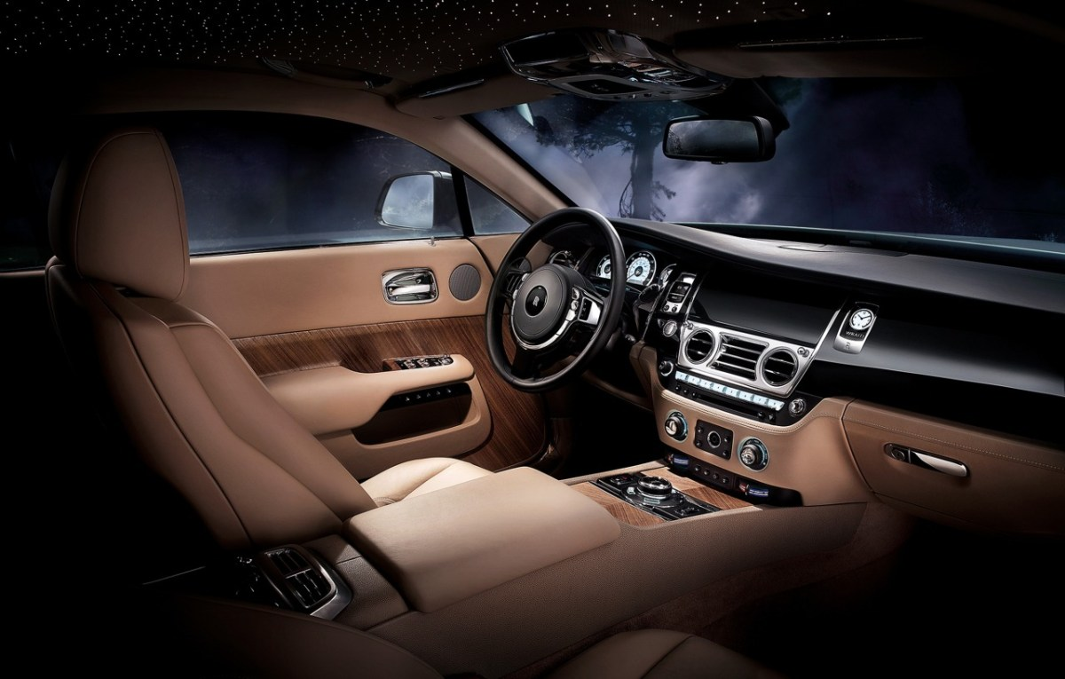 Rolls-Royce-Ghost-Coupe-Wraith-15