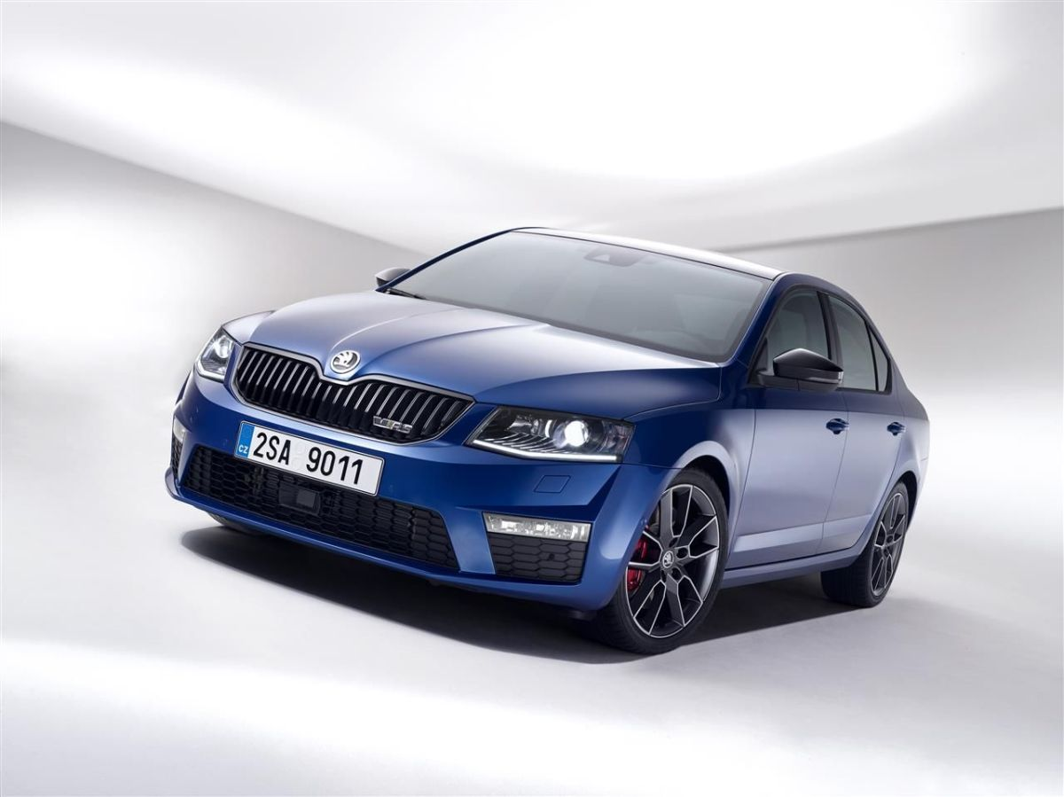 Skoda Octavia RS Combi Sedan blauw wit grijs Steel Grey Rallye Green Sprint Yellow TSI TDI 2013 030