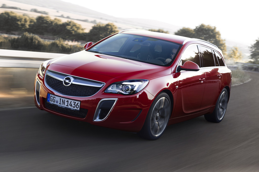 Opel Insignia OPC Sports Tourer Rood Brembo 2014 09