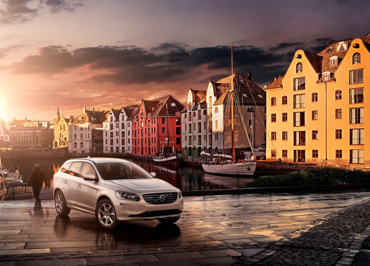 Volvo V40 Cross Country V60 XC60 Ocean Race Edition wit oranje 2014 11