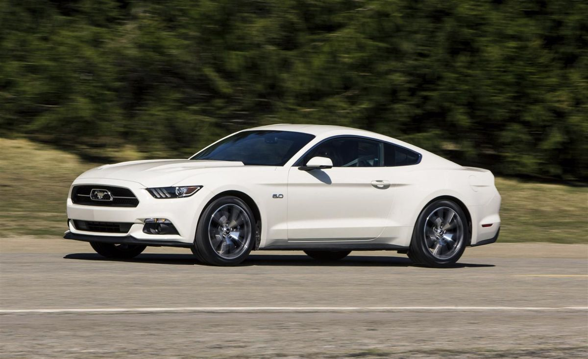 Ford Mustang 50 Year Limited Edition wit Performance Pack 2014 21