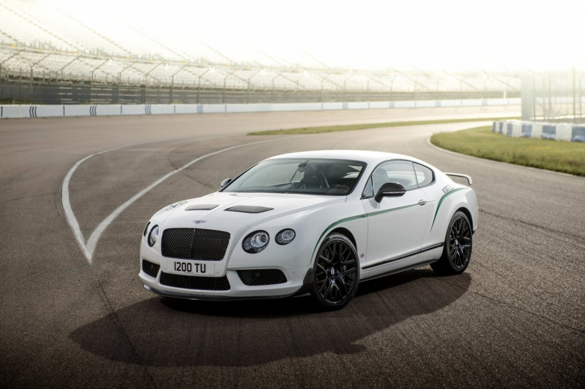 Bentley Continental GT3-R wit groen 2015 01
