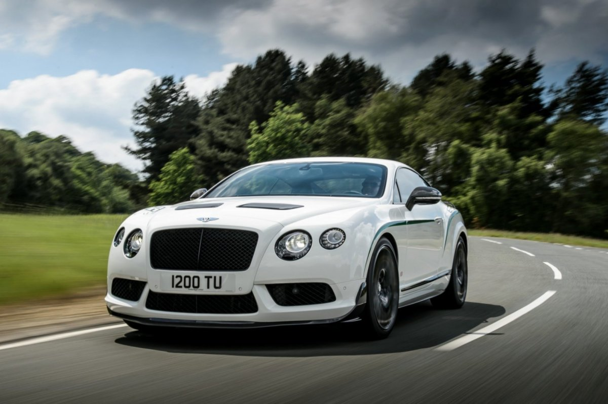Bentley Continental GT3-R wit groen 2015 04