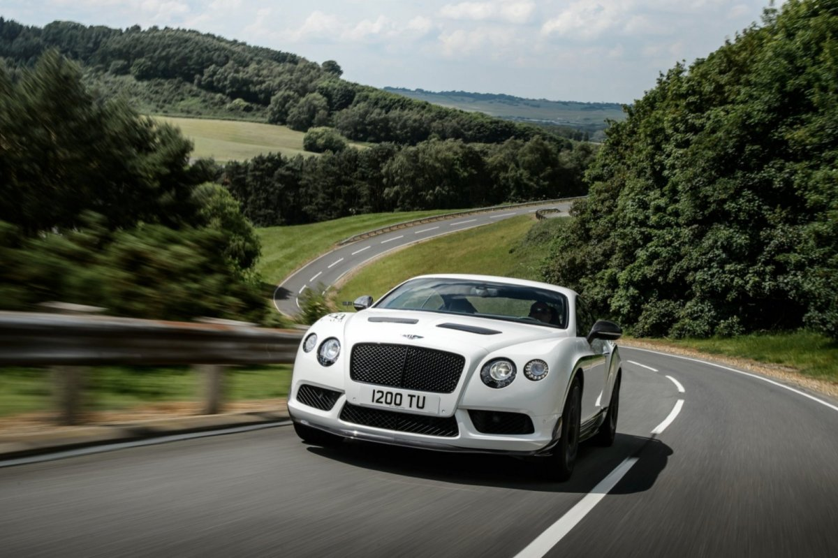 Bentley Continental GT3-R wit groen 2015 06