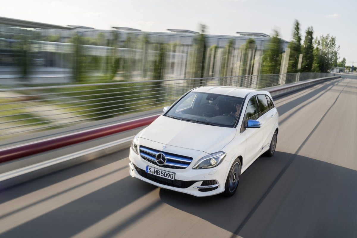 Mercedes B-klasse facelift electric drive 4-Matic CDi rood wit grijs 2015 21