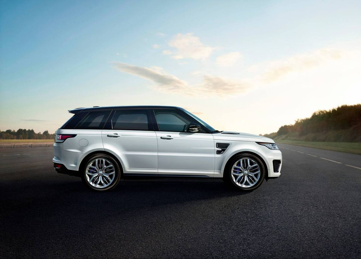 Land Rover Range Rover SVR Supercharged wit 2015 02