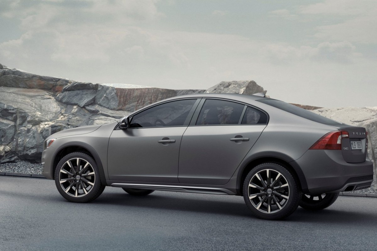 Volvo S60 Cross Country T5 AWD 2015 04