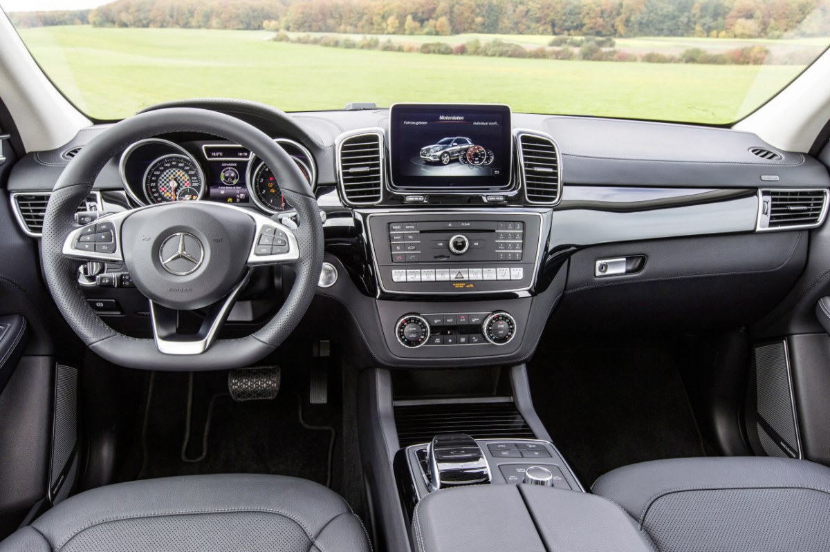 Mercedes GLE450 AMG Sport 4-Matic wit SUV 2016 05