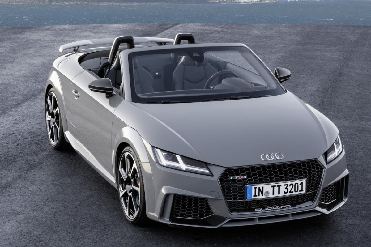 Audi TT RS Quattro Coupe Roadster rood geel 2017 11