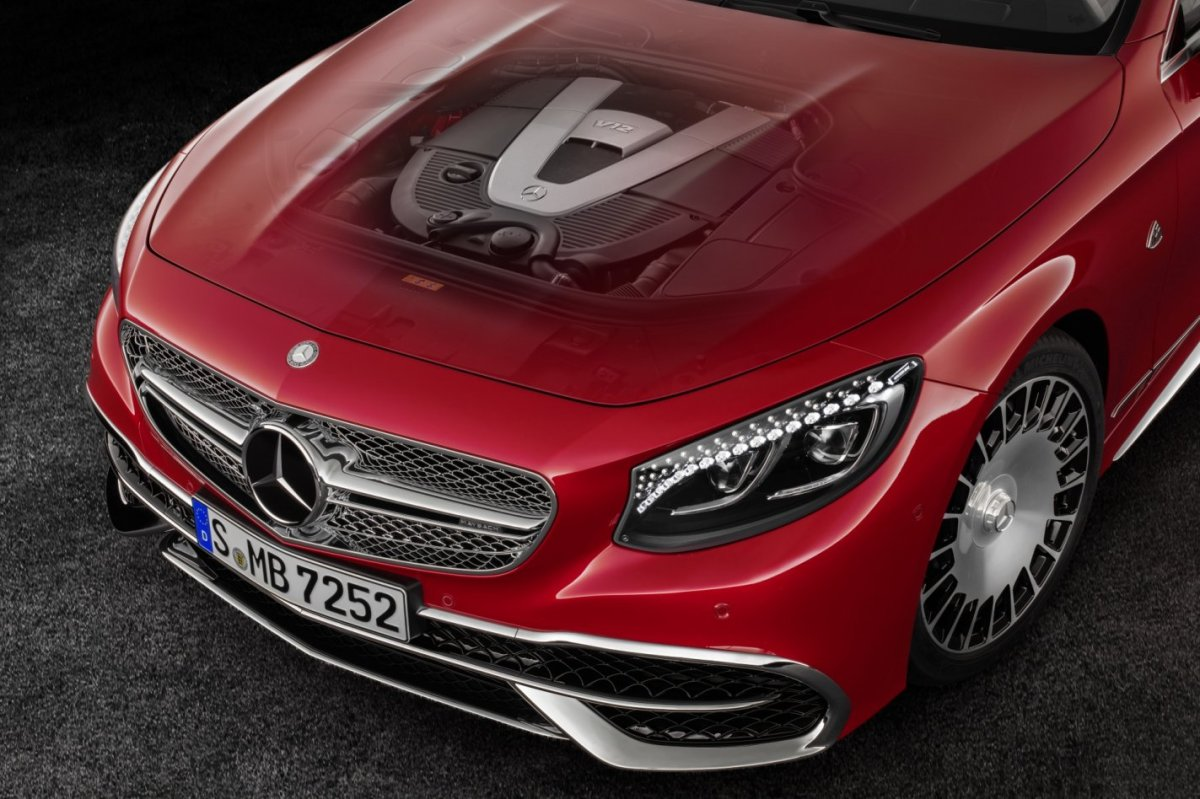 mercedes-benz-maybach-s650-cabriolet-v12-2017-10