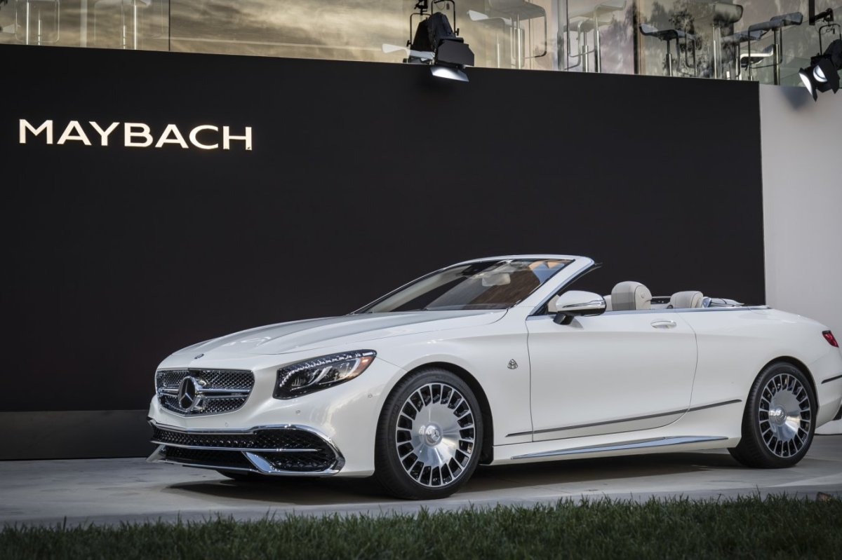 mercedes-benz-maybach-s650-cabriolet-v12-2017-30