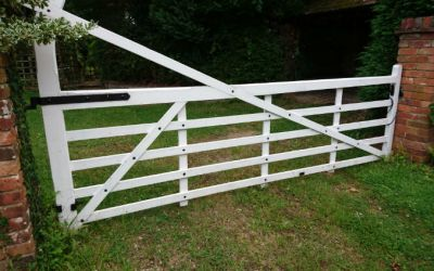 Wooden Driveway Gates – Do you remember your first kiss?