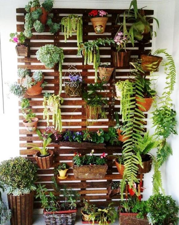 Creative Vertical Garden Idea