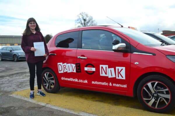 Manual Driving Lessons Southgate. Naomi's review of Drive with Nik.