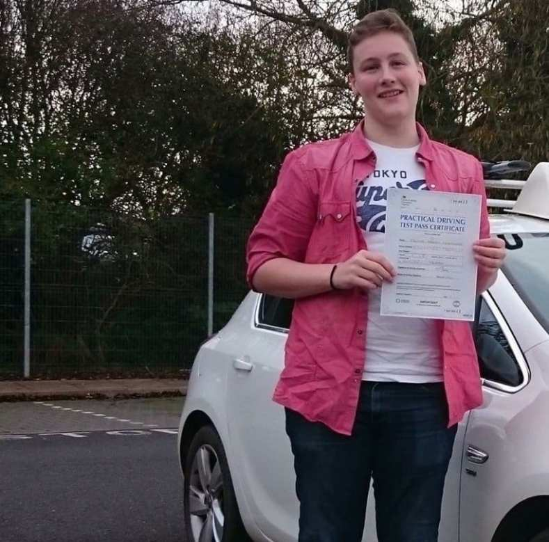 driving lessons kilwinning - mark-magee