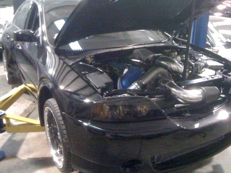 Supercharged DOHC 4.6 engine swap in Lincoln LS