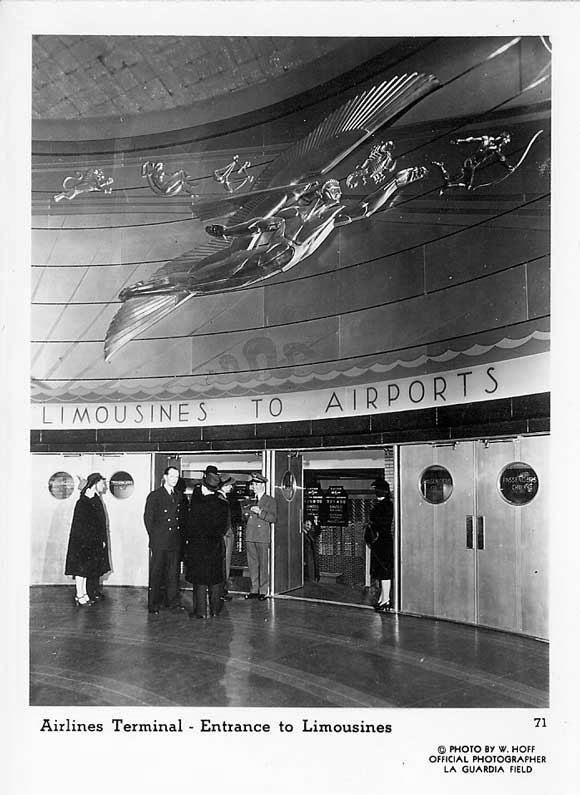Vintage photo postcard of the Airlines Terminal rotunda.