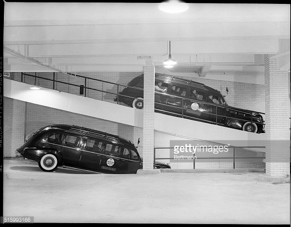 Airlines Terminal limousine ramps.