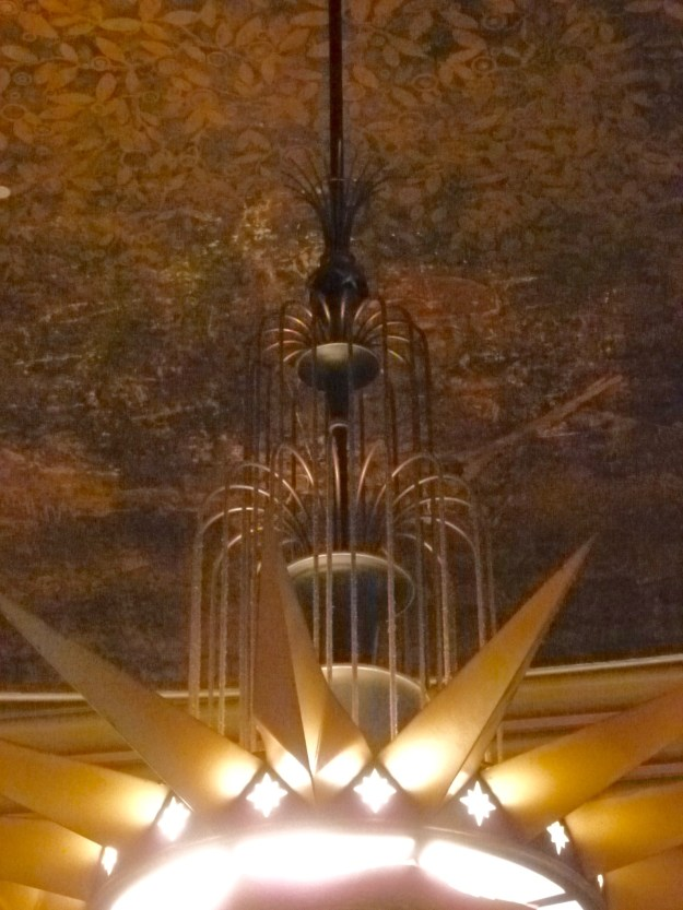 Urban Room Chandelier