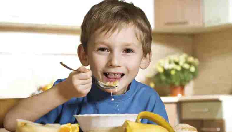4 Tips for Parents to Reduce Sugar Intake in their Kids to keep them Healthy