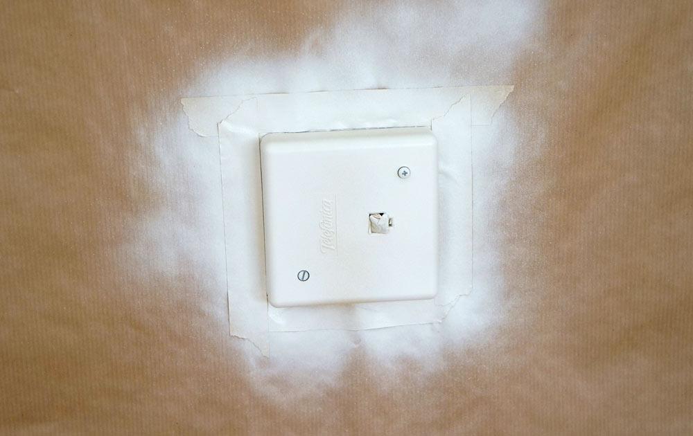 C mo pintar los enchufes e interruptores decoraci n diy - Enchufes e interruptores ...