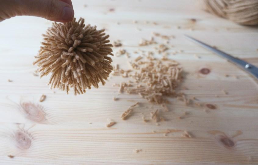 Cómo hacer pompones y borlas de forma fácil