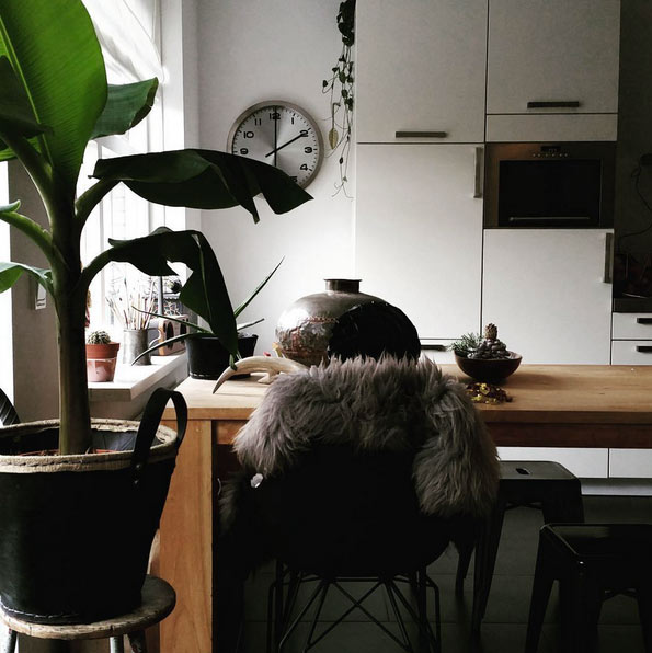 Cómo decorar en negro: un piso en Holanda