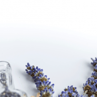 7-Best-Essential-Oils-for-Thyroid-Health-header