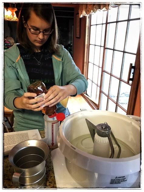 Co-breadmaker Gracie