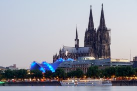 Abenddämmerung am Rhein