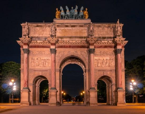 Carrousel Arc de Triomphe