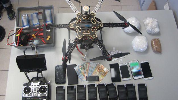 Drogenschmuggel mit Unterstützung von Drohnen