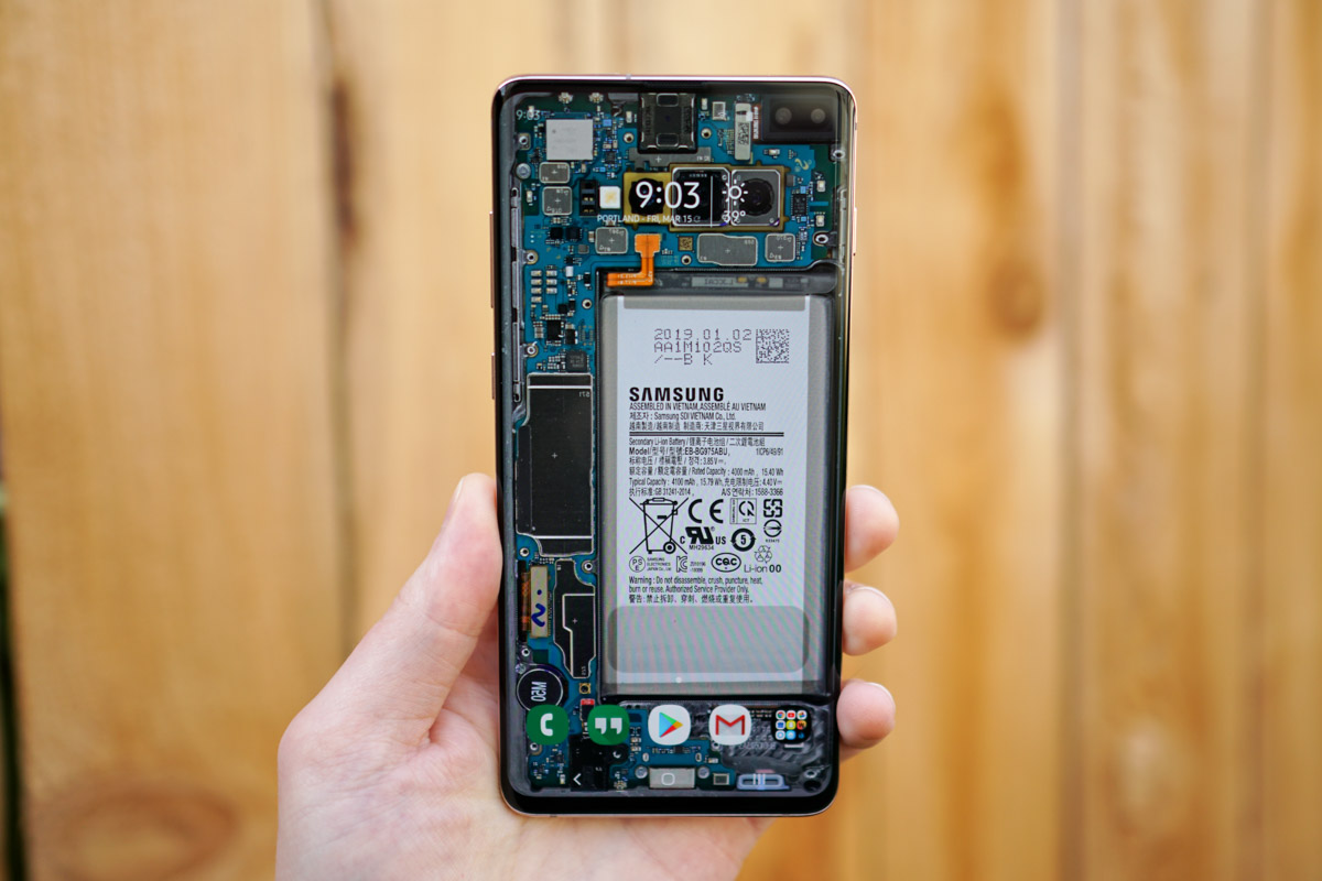 You Need These Wallpapers That Embrace Your Galaxy S10 Display Cutout Droid Life