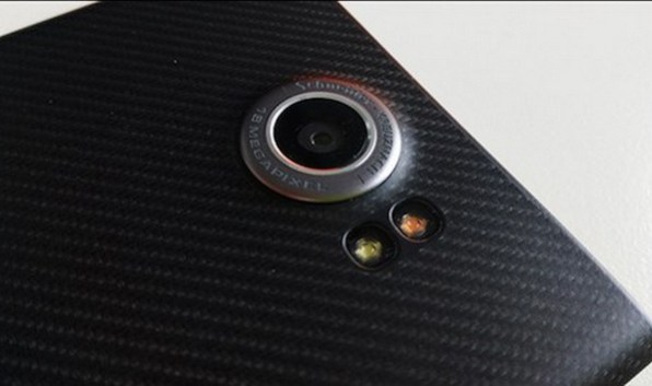 blackberry-priv-rear-camera