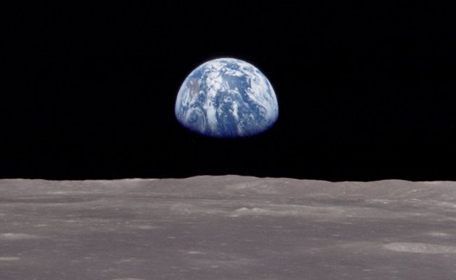 Photo Earth Rise In The Album Space Wallpapers By