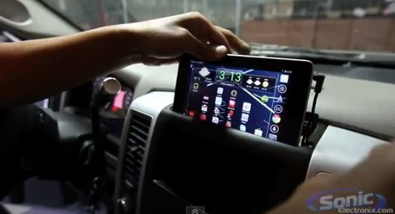 Video: Nexus 7 used as in-dash entertainment system on Dodge Ram
