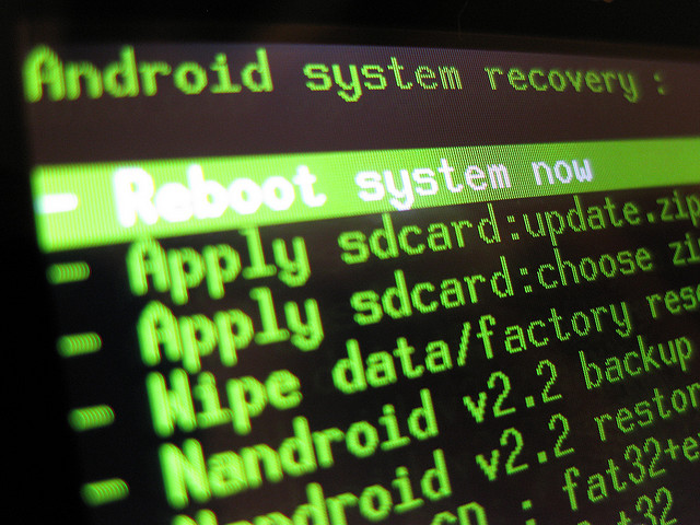 New universal root method roots many Jelly Bean and ICS devices