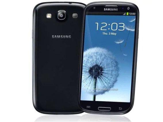 Samsung Galaxy S3 Funktionen - Vorder- und Rückseite von Schwarz Samsung Galaxy S3 - Droid Views