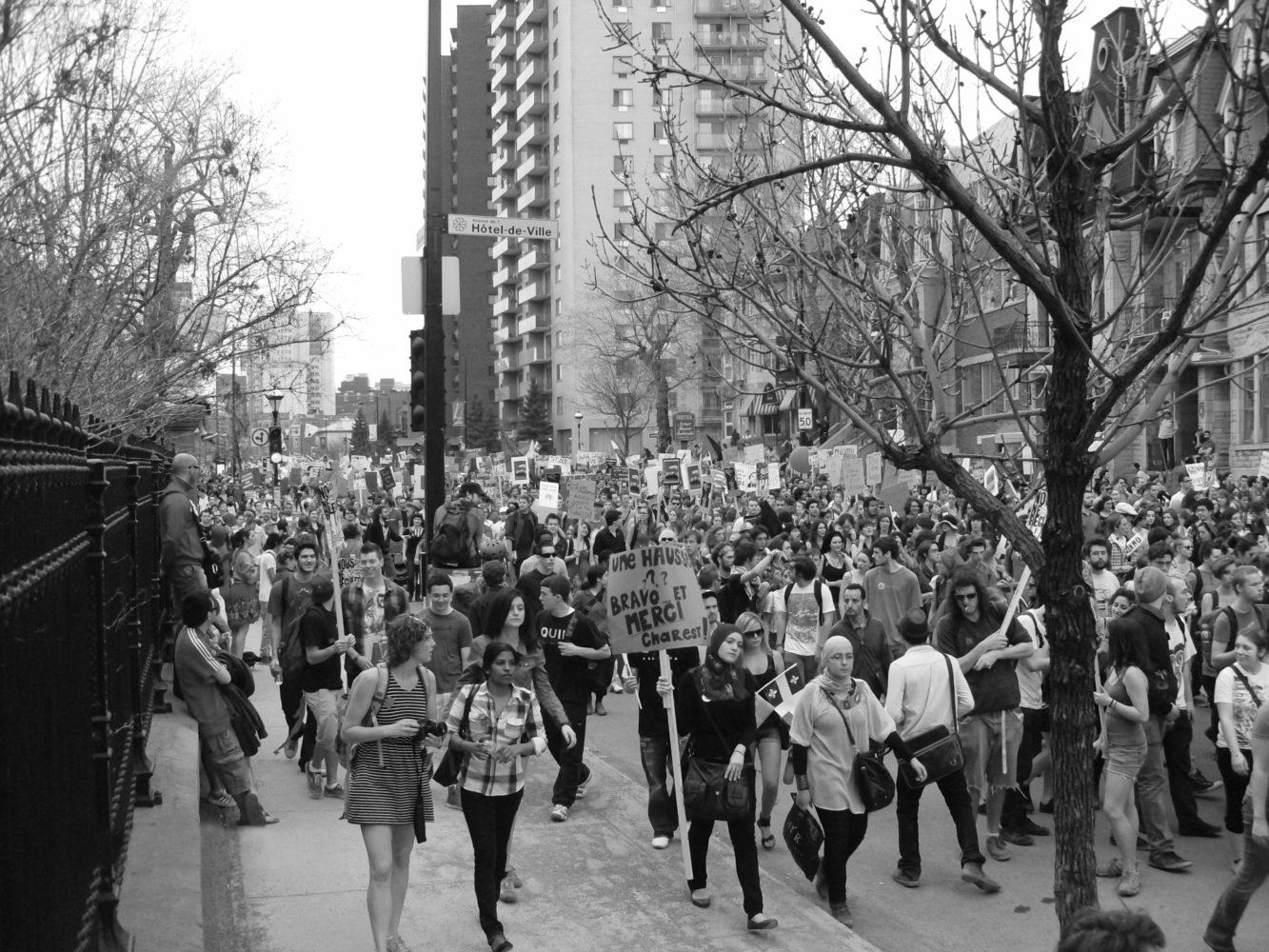 Dans les rues de Québec au printemps 2012. Photo: Pierre Mouterde.