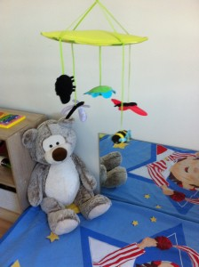 mobile chambre Montessori-25