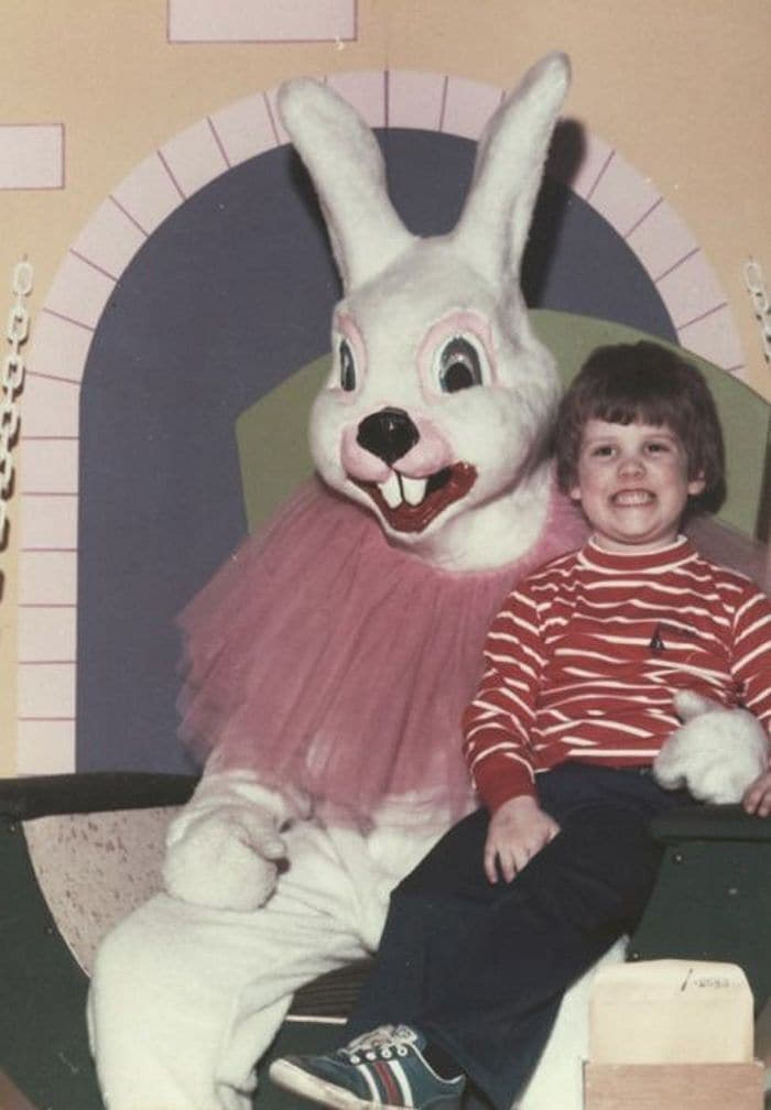 20 Creepy Vintage Easter Bunny Pics Guaranteed To Make You Say WTF 02