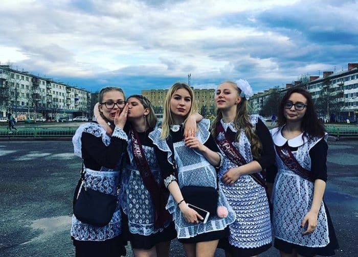 26 Funny Photos of Students Celebrating Graduation in Russia Will Blow Your Mind -11