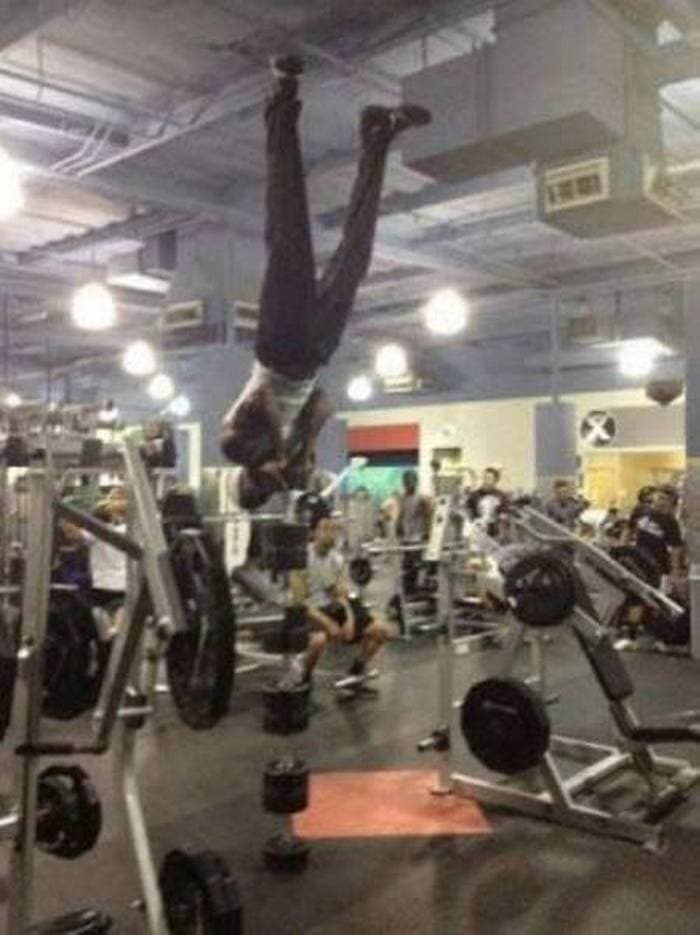27 Epic Fail Gym Photos That Will Make Your Day -07