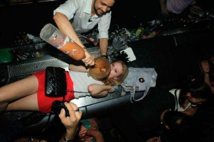 48 Ridiculous Drunk People That Will Shock You -07