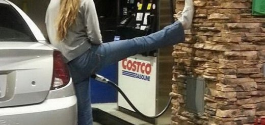 awkward-gas-station-moments-28