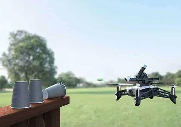 Parrot Mambo, el nuevo mini drone de Parrot listo para el combate