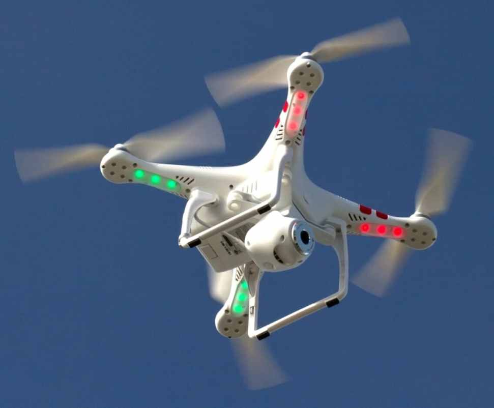 https://i0.wp.com/www.dronezon.com/wp-content/uploads/2014/10/what-is-drone-technology-and-how-does-it-work.jpg?resize=971%2C802