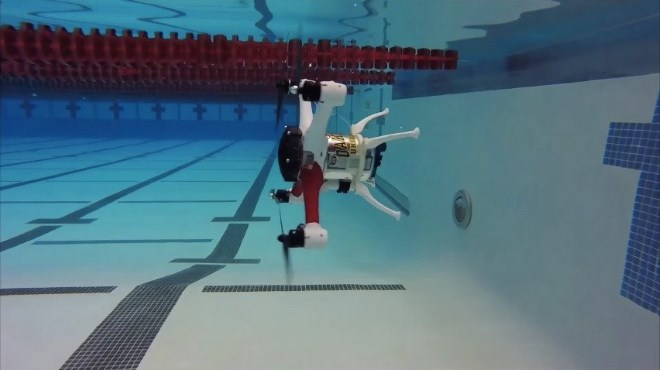 Loon Copter – létá, plave, potápí se