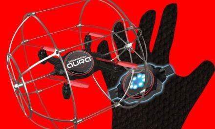 Dron Aura – dron, který zvládne ovládat každý