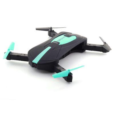 drony v akci